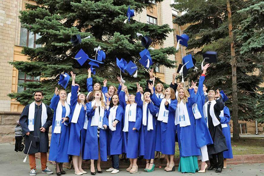 Ukrayna'da Eğitim 27 – Karazin Üniversitesi Öğrencileri